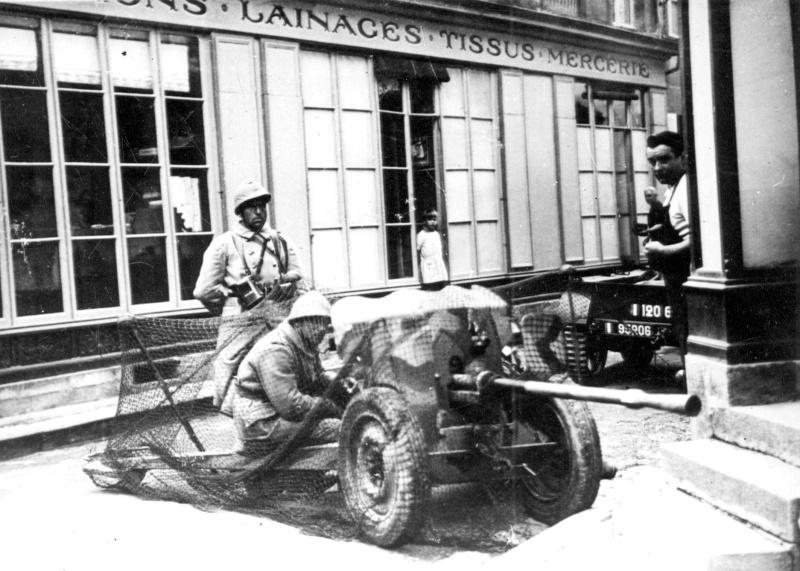 Le 2,5 cm Pak 112 (f) et 2,5 cm Pak 133 (f) 7164210