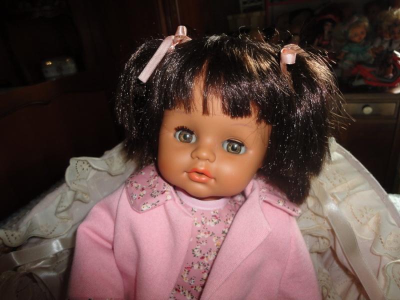 Les poupées de ma maison  - Page 3 Dsc04016