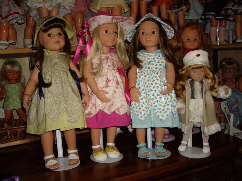 Les poupées de ma maison  - Page 3 Imgp0010