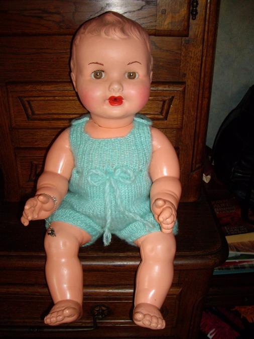 Les poupées de ma maison  - Page 3 Imgp0211
