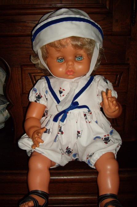 Les poupées de ma maison  - Page 3 Imgp0214