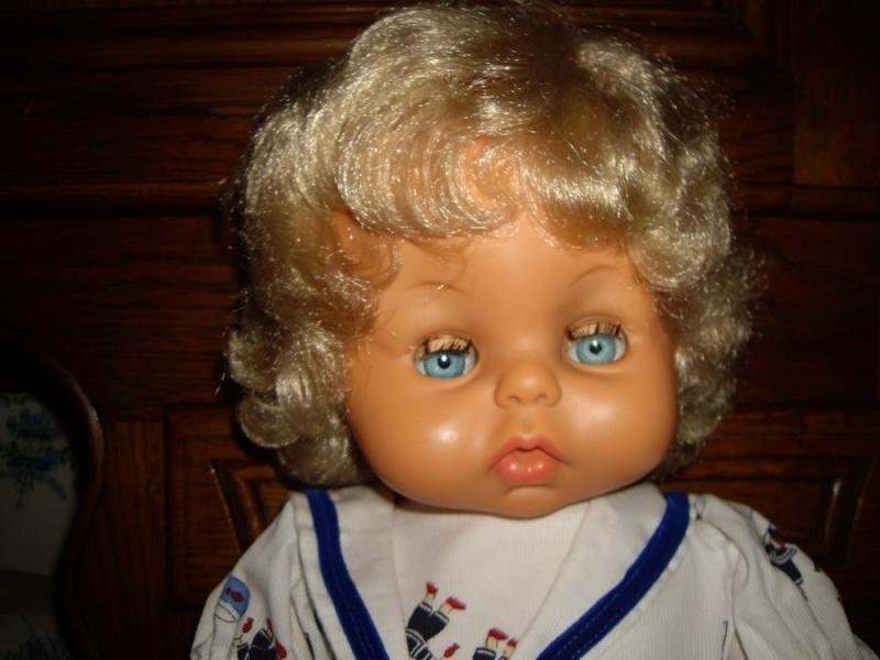 Les poupées de ma maison  - Page 3 Imgp0215