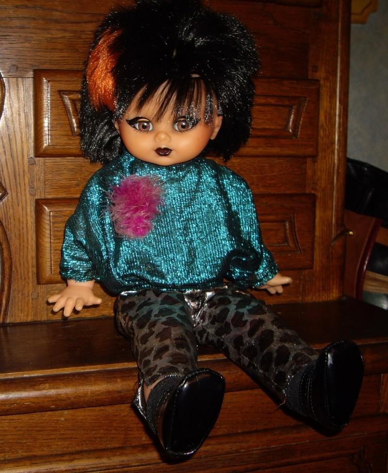 Les poupées de ma maison  - Page 3 Imgp0321