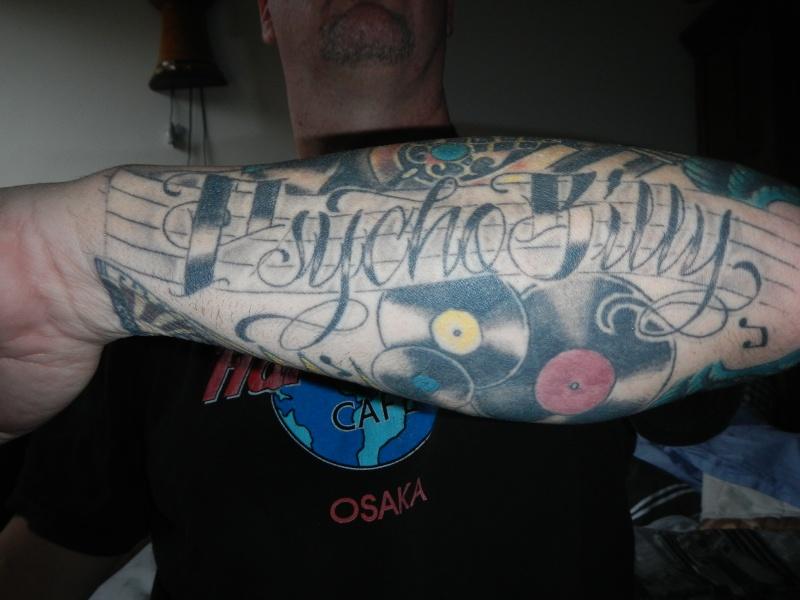 c'est quoi votre tatouage a vous - Page 3 Dscn1714