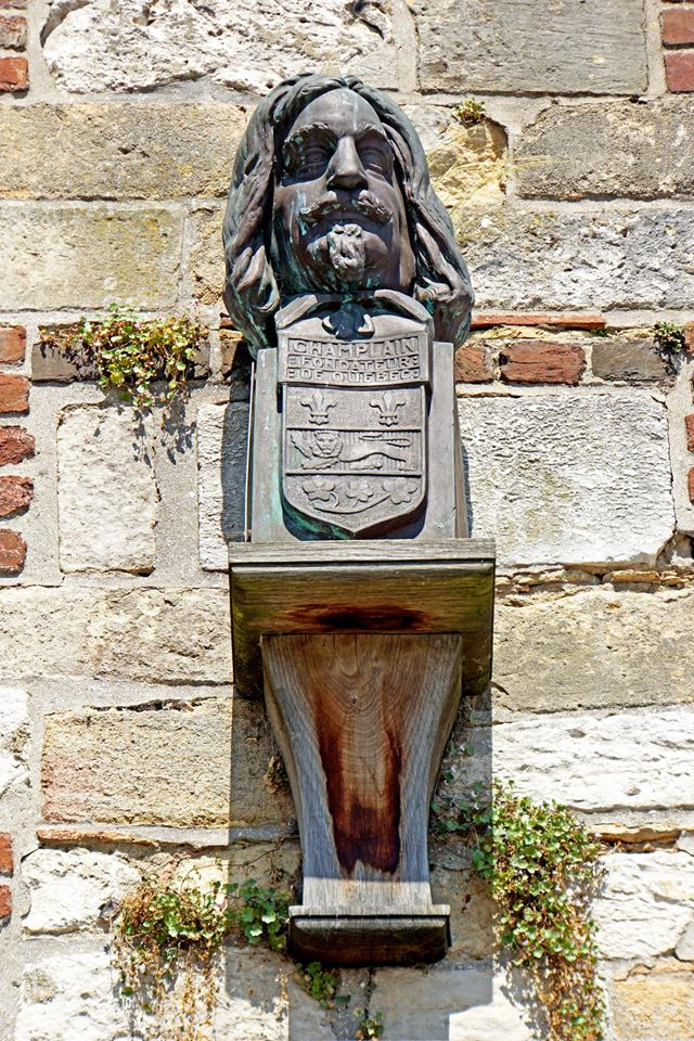 Énigme 226 - Samuel de Champlain 10688110