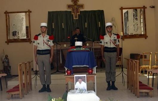 EMBUSCADE afghanistan du 18 aout 2008- 1 mort 2 REP CCH PENON - Page 2 Penon111
