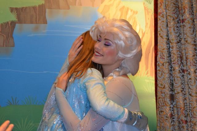 Princess Pavilion avec Anna et Elsa - Page 38 Dsc_0112