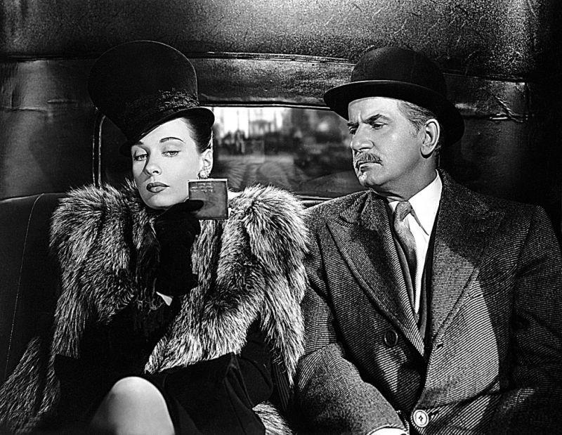 Sherlock Holmes (version 39-46 avec Basil Rathbone) Dresse10