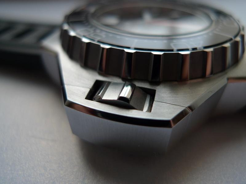La montre du vendredi 14 Novembre ! P1030010