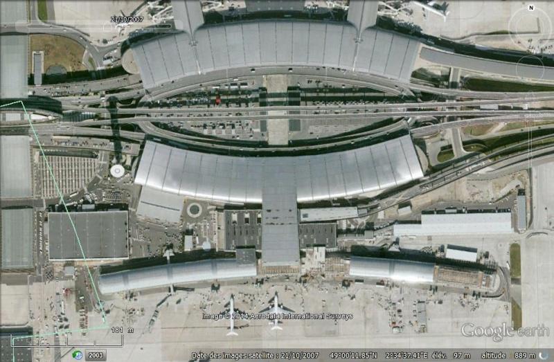 Terminal 2 effondré, Roissy Charles de Gaulle, Paris - France Sans_t12