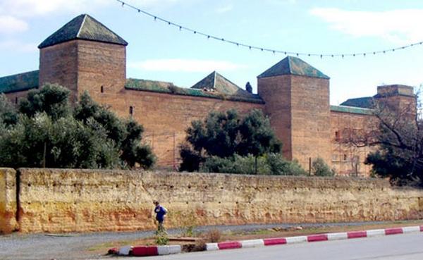 l'Ecole militaire Dar Beïda à Meknès Exteri12