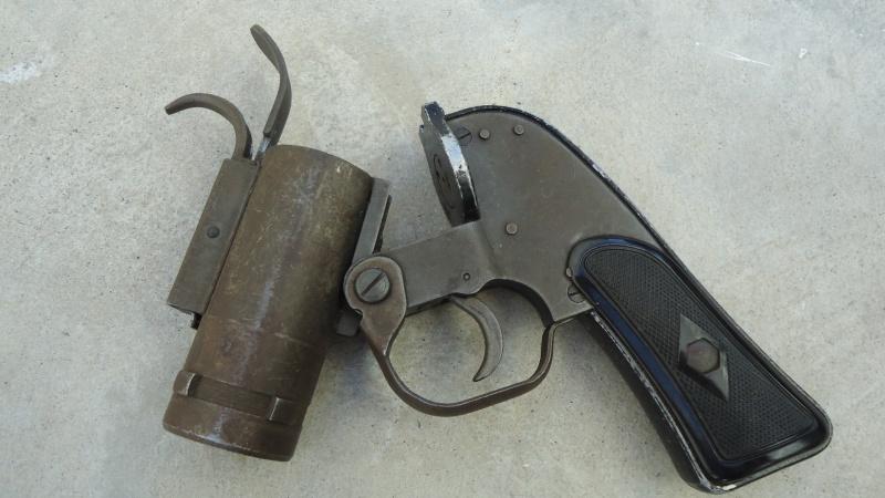 Pistolet Lance-fusées M8 U.S Dsc06513