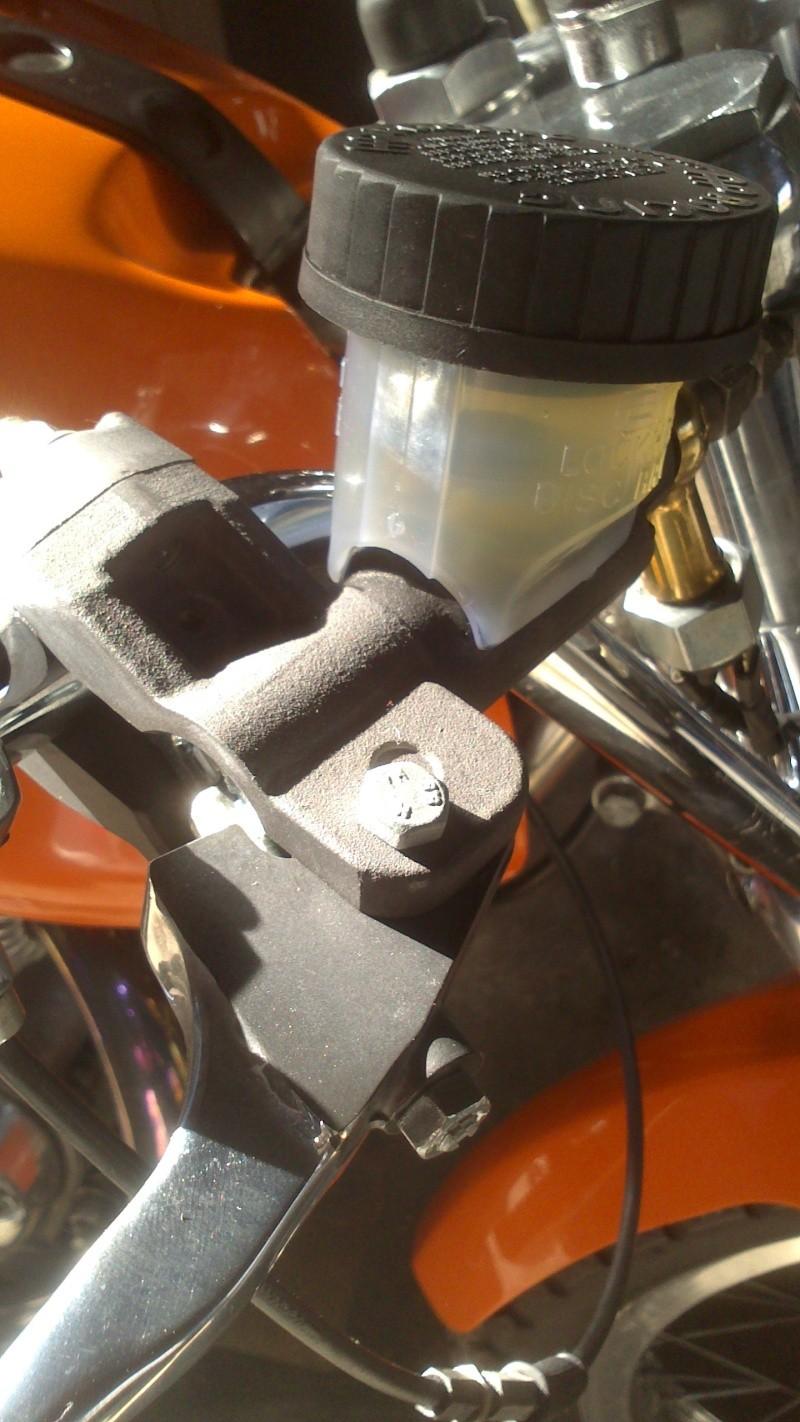 Un nouveau maître cylindre avant de frein ! Maitre12