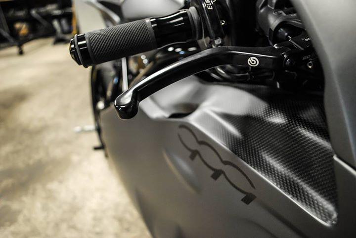 Ducati 999 et 749  - Page 2 10408110
