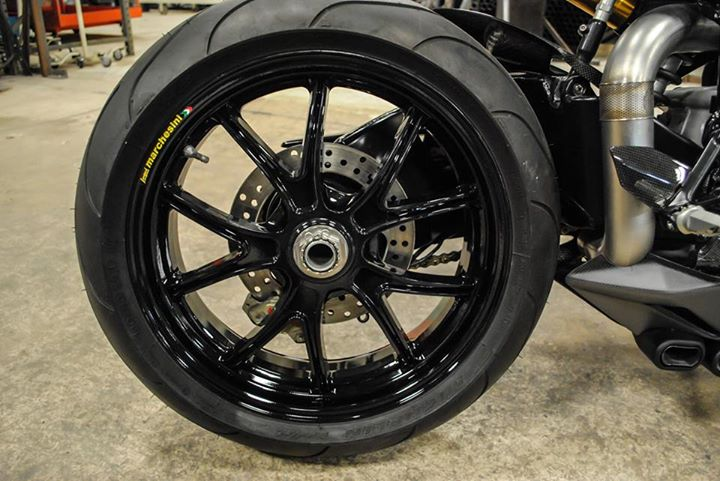 Ducati 999 et 749  - Page 2 10801710