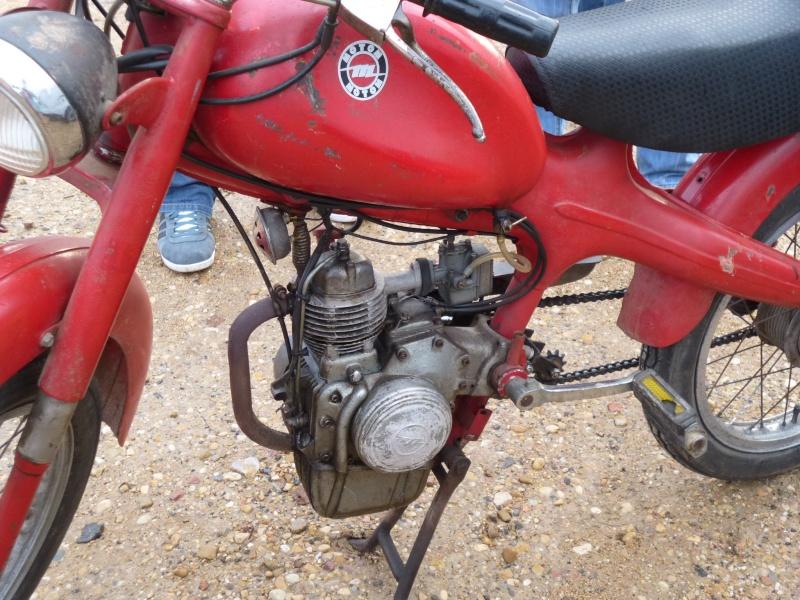 MOTOM  P1030616