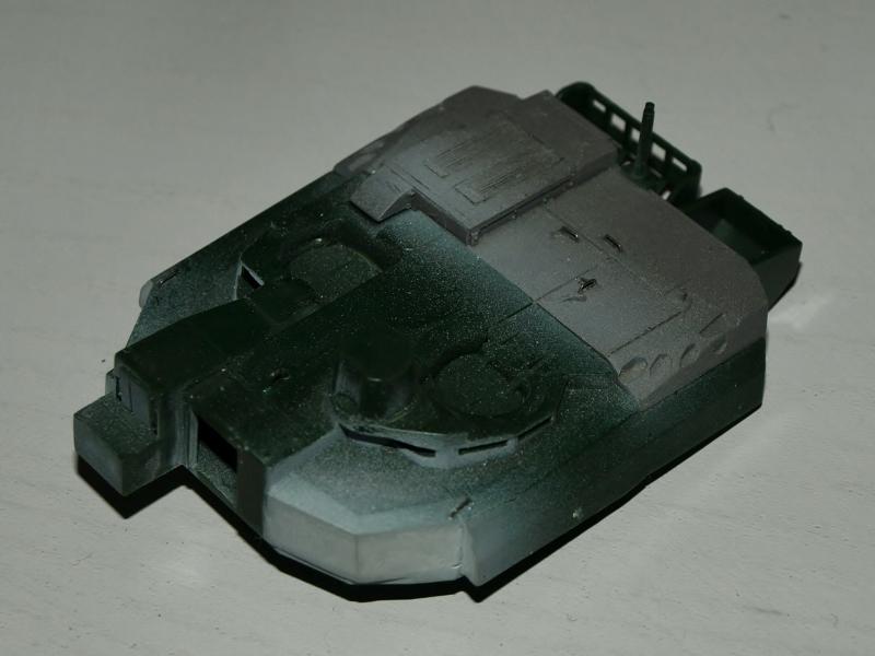 Leclerc [Revell] 1/72, un peu bricolé. Montage sans suites P1012516