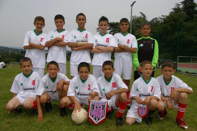 l'école de foot mlilis  s'illustre en France T5010
