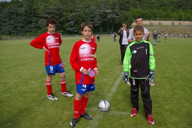 l'école de foot mlilis  s'illustre en France T810
