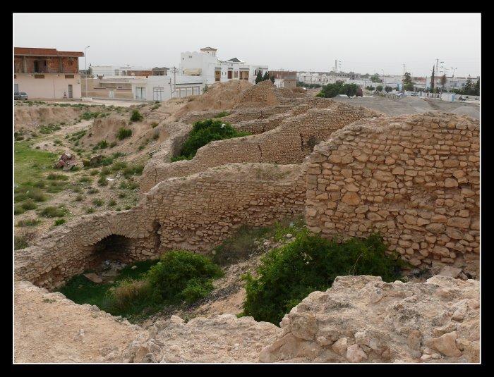 """Amphithéâtres romains : """"du pain et des jeux"""" 28889010"""