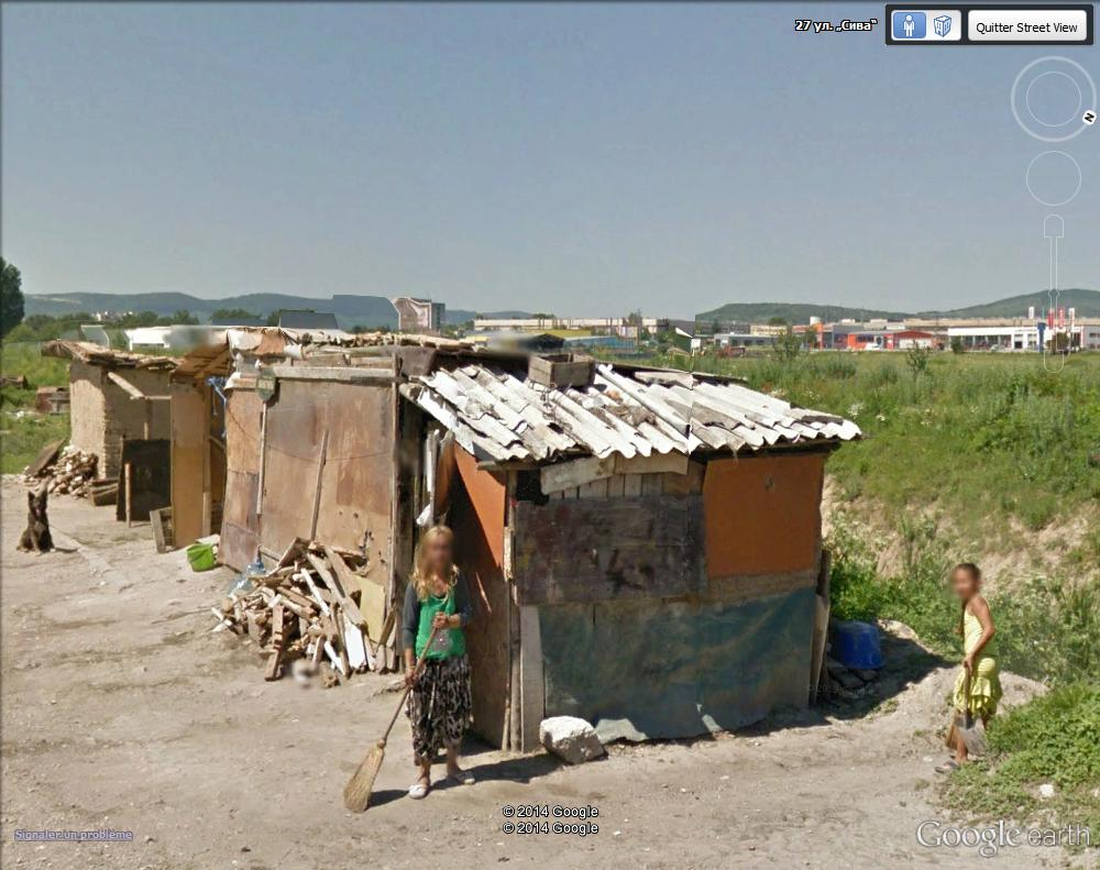 STREET VIEW : pauvres gens - Targovichte - Bulgarie Fortun16