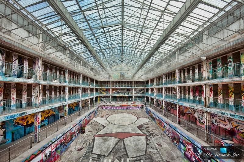 molitor - La piscine Molitor (Paris) : 180 euros la journée, abonnement annuel à 3300 euros ! Molito12