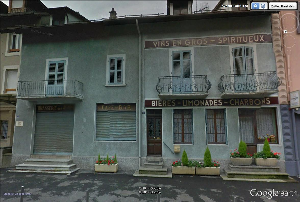 STREET VIEW : les façades de magasins (France) - Page 8 Ugine_10