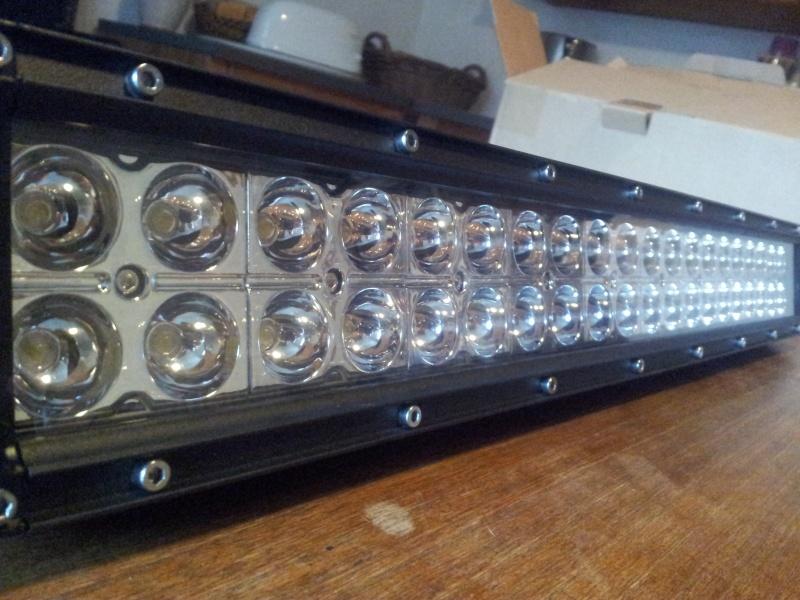 spot et barres LED moitié prix 20141214