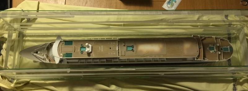 construction du queen mary 2 au 1/400 de chez revell - Page 10 Img_1123