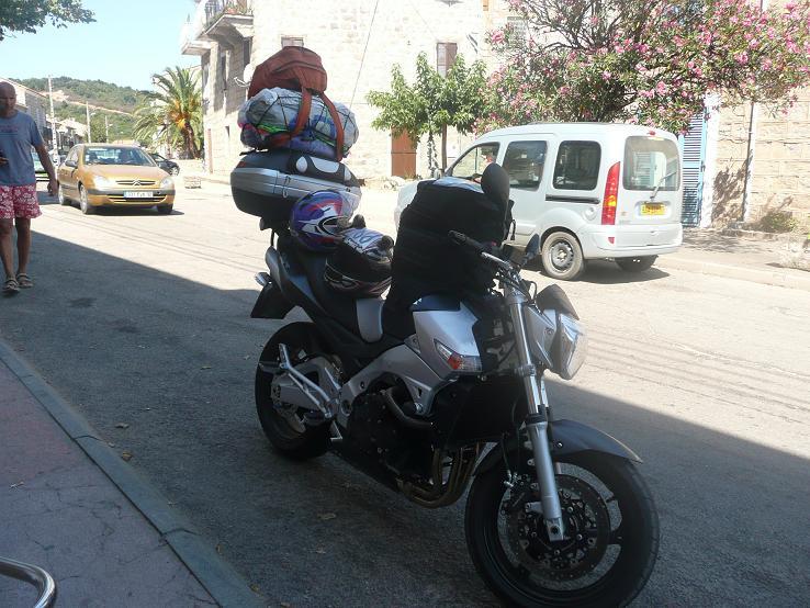 Vos plus belles photos de moto - Page 38 P1060012