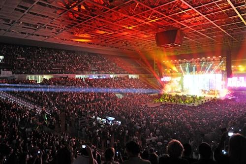 U2.COM CONFERMA L'U2 iNNOCENCE + eXPERIENCE Tour 2015! - Pagina 6 Palaol10
