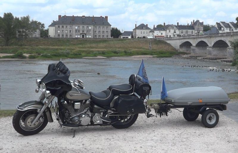 Presentation d'un parisien en moto Ensemb10