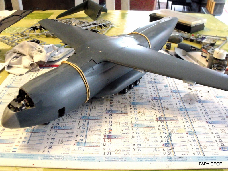 [ Revell ] A 400 M Grizzly au 1/72 - Page 3 A400m105