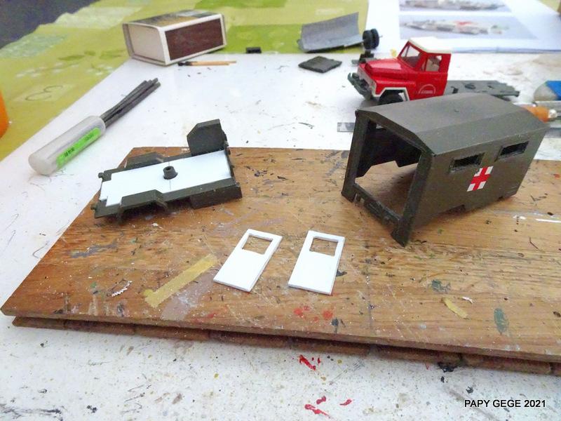 ACMAT VLRA TPK 4.25 AMBULANCE base Solido 1/50 Actola13