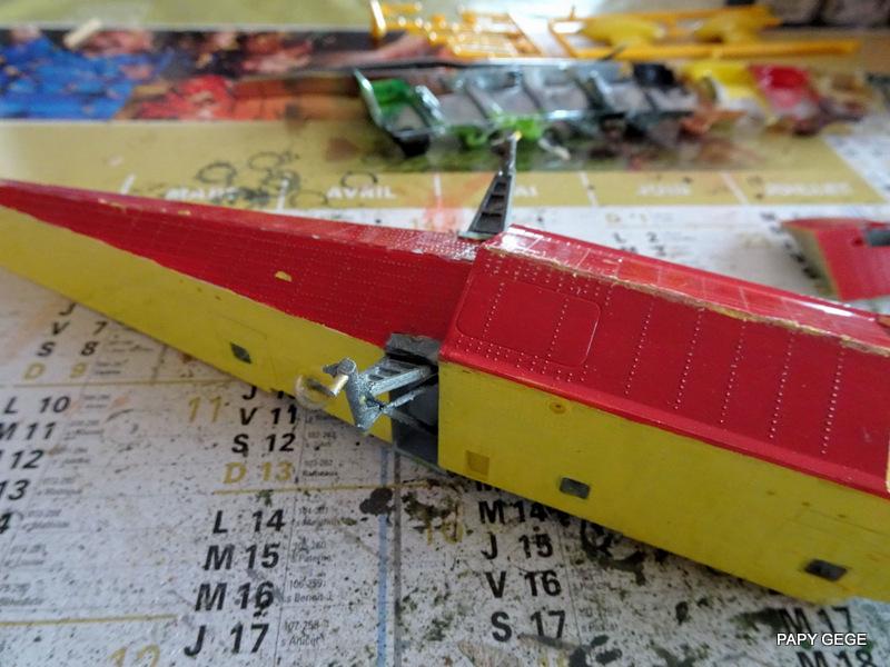 [ HELLER ] CANADAIR CL 415 au 1/72 Cancl440