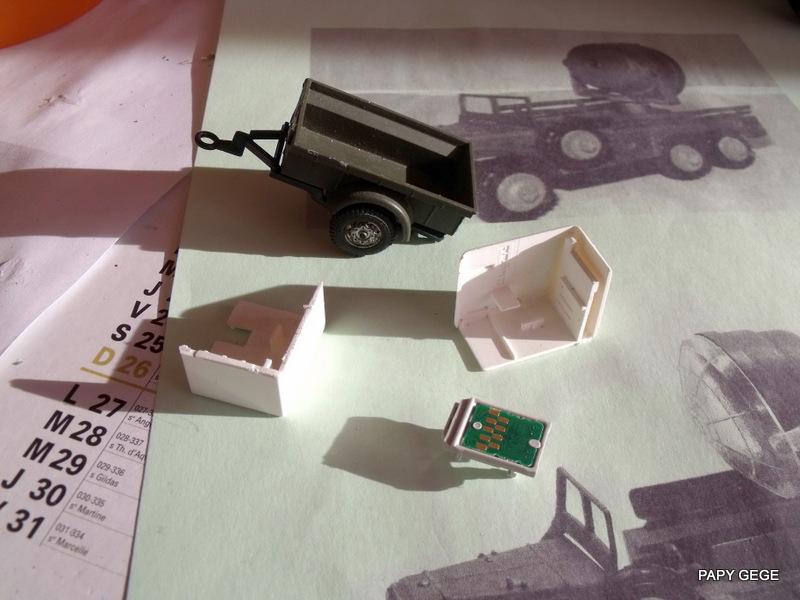 DODGE 6x6 WC 63 Projecteur base Solido Dod_pr18