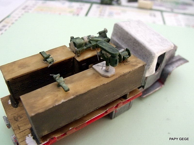 GMC Atelier à ma guise au 1/50 base solido Gmc_at11