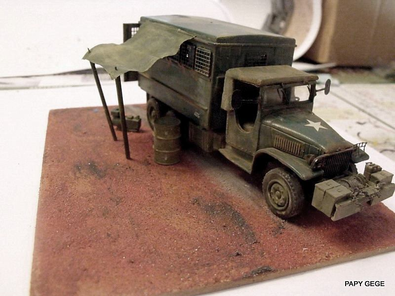 GMC Atelier à ma guise au 1/50 base solido Gmc_at15