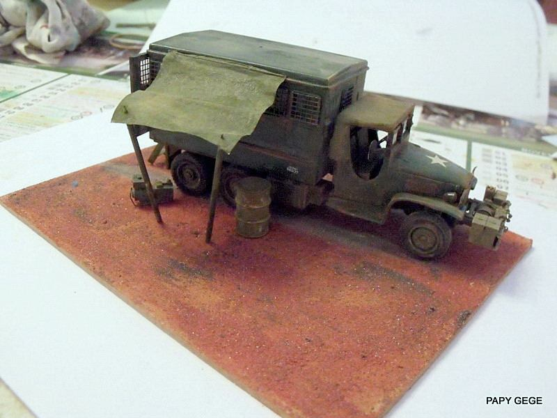 GMC Atelier à ma guise au 1/50 base solido Gmc_at18