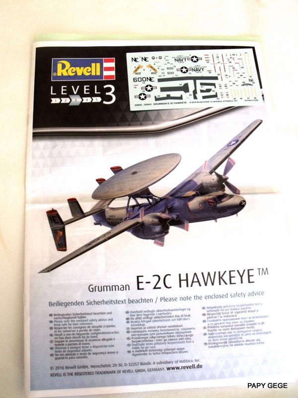 Grumman E-2C HAWKEYE au 1/144 REVELL Grumma12