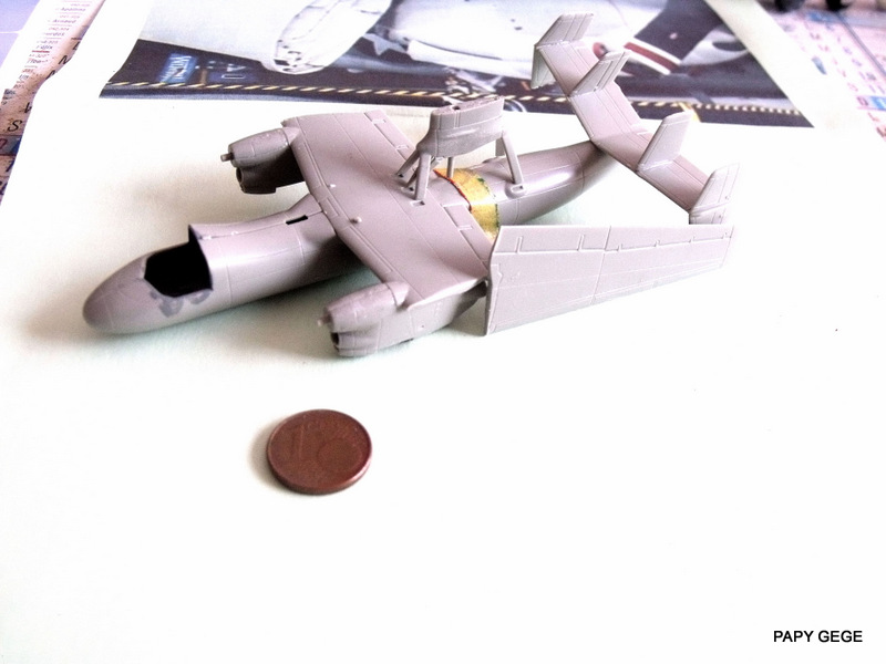 Grumman E-2C HAWKEYE au 1/144 REVELL Grumma16