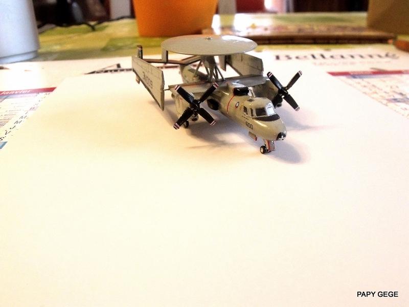 [ Revell ] Grumman E-2C HAWKEYE au 1/144 Grumma33