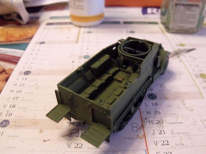 ACADEMY M3 HALFTRACK et 1/4 ton amphibian vehicule 1/72  Half_111