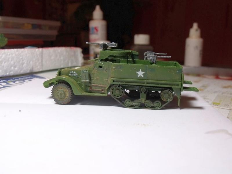 ACADEMY M3 HALFTRACK et 1/4 ton amphibian vehicule 1/72  Half_210