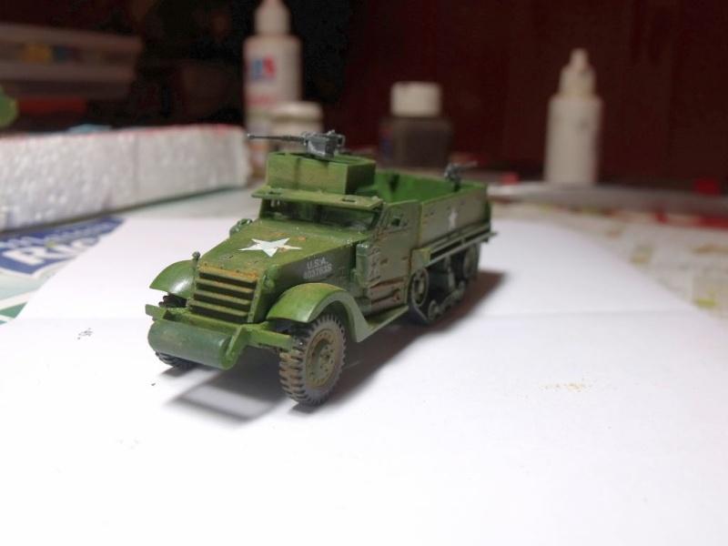ACADEMY M3 HALFTRACK et 1/4 ton amphibian vehicule 1/72  Half_211