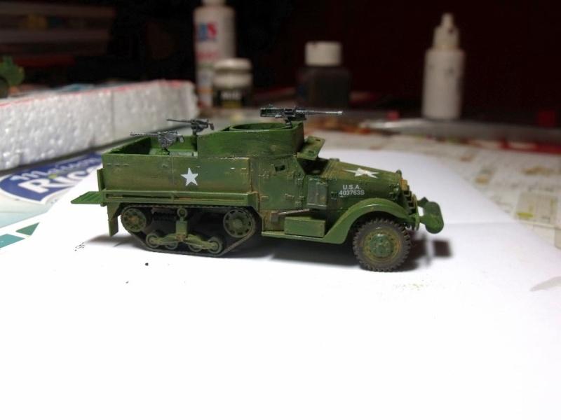 ACADEMY M3 HALFTRACK et 1/4 ton amphibian vehicule 1/72  Half_213