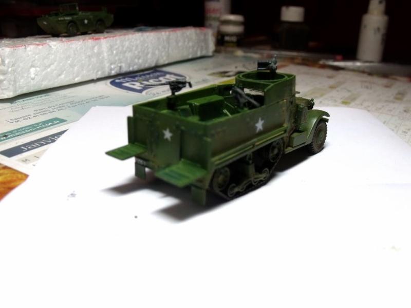 ACADEMY M3 HALFTRACK et 1/4 ton amphibian vehicule 1/72  Half_214