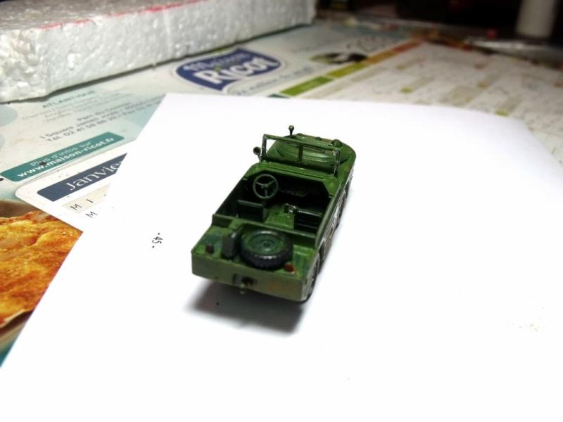 ACADEMY M3 HALFTRACK et 1/4 ton amphibian vehicule 1/72  Half_215