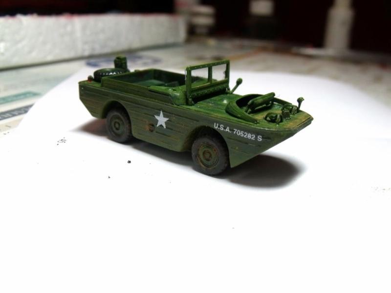 ACADEMY M3 HALFTRACK et 1/4 ton amphibian vehicule 1/72  Half_310