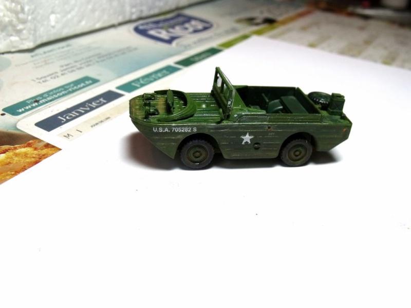 ACADEMY M3 HALFTRACK et 1/4 ton amphibian vehicule 1/72  Half_311